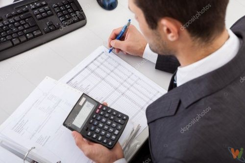 depositphotos_12393754-stock-photo-accountant-working-at-the-office