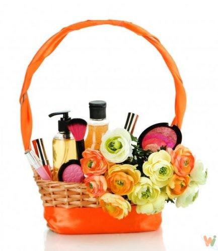 depositphotos_34503929-stock-photo-gift-basket-with-cosmetics-isolated